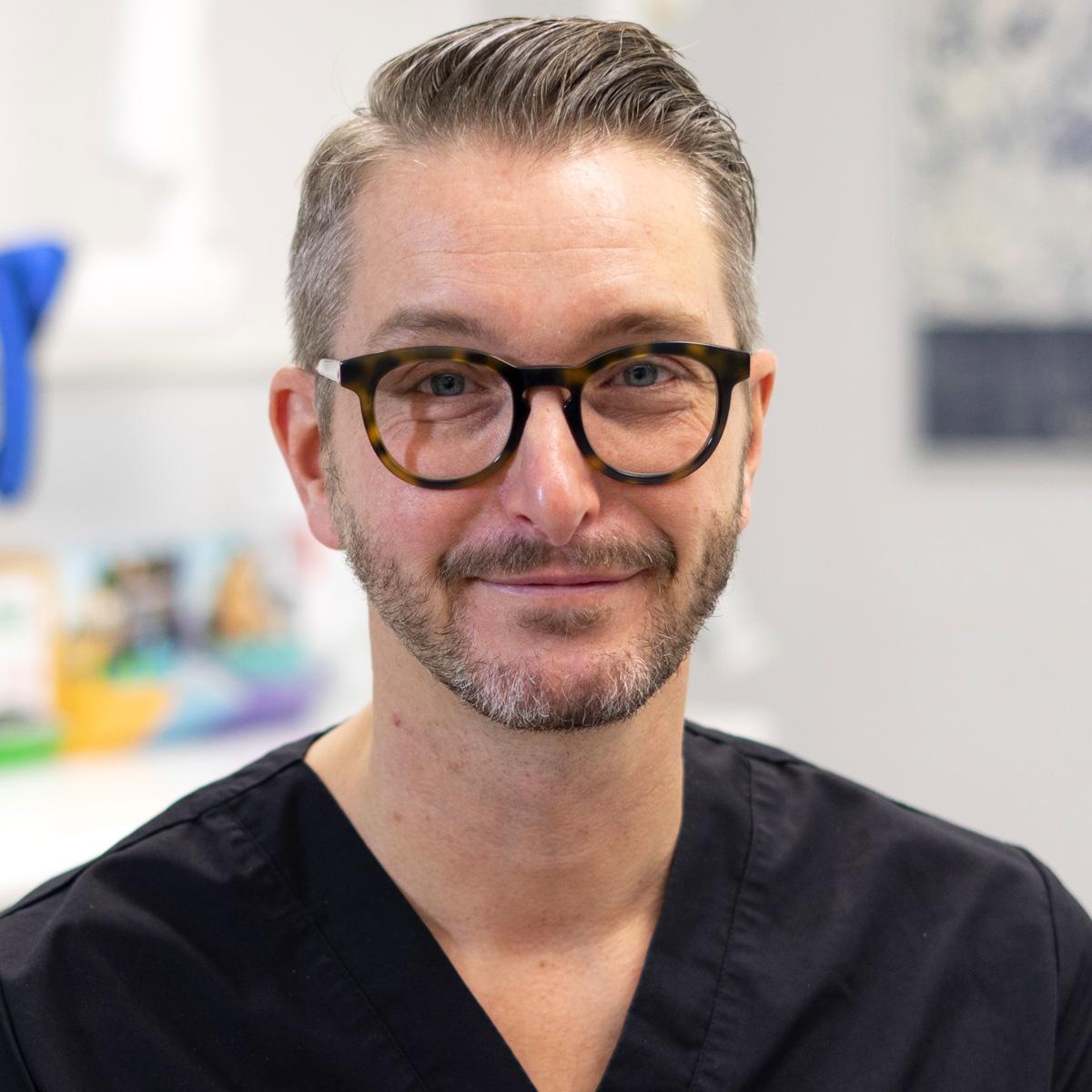 Jon Ivarsson_Optimal_Dental@2x